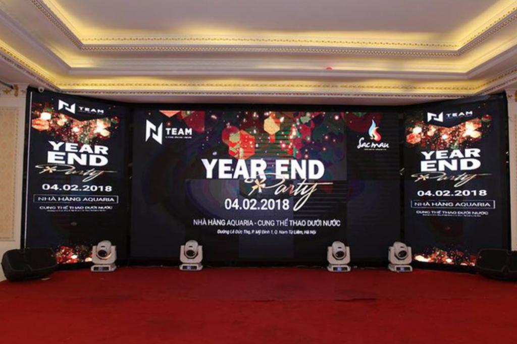 Thiết kế  backdrop và sân khấu ấn tượng cho year end party